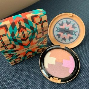 Mac gleamtones powder - new in box
